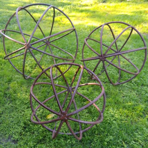 Set of 3 spheres