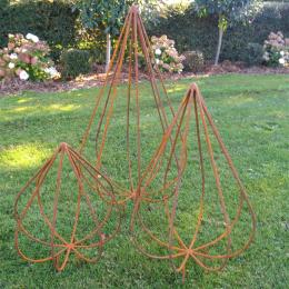 Teardrop garden art